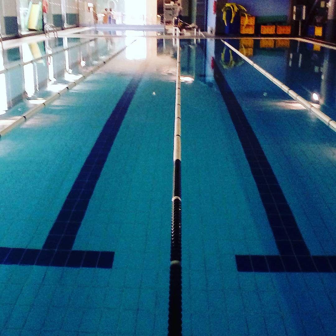 [mj_menchon] Undisturbed swimming pool… …