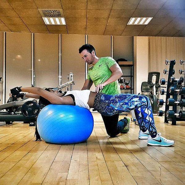 [carlosfittrainer] www.fittrainer.es www.entrenaliaentrena.com entrenamientopersonaladomicilio workout o2centrowelless fittrainer selfie calistenia calisthenics