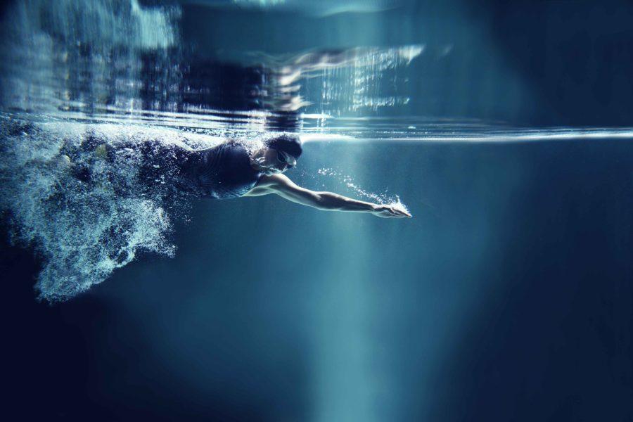 Los beneficios de realizar natación de cara al verano