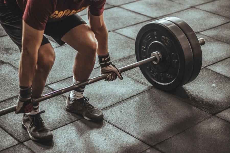 Errores al entrenar que le pasarán factura a tu cuerpo, evita las lesiones deportivas.