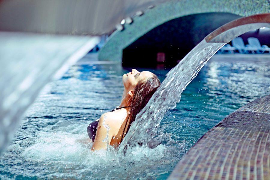 Hidroterapia: un remedio eficaz para las contracturas