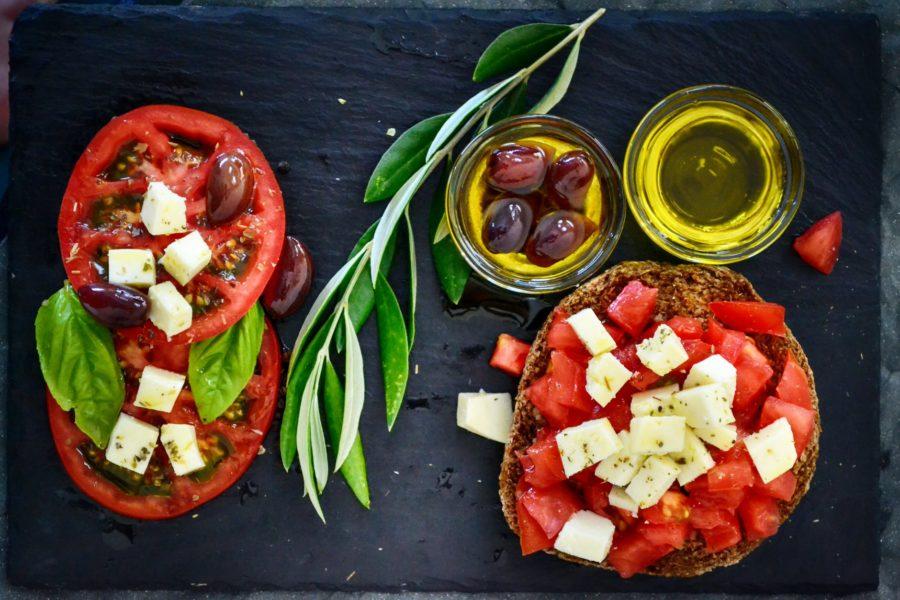 En verano apuesta por la dieta mediterránea para comer fresquito y sano